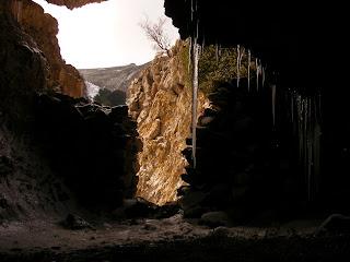la cova de la Rambla vista des de dins. lo Port