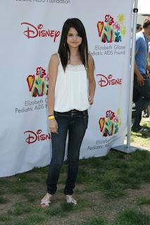 Selena-Gomez-Hot