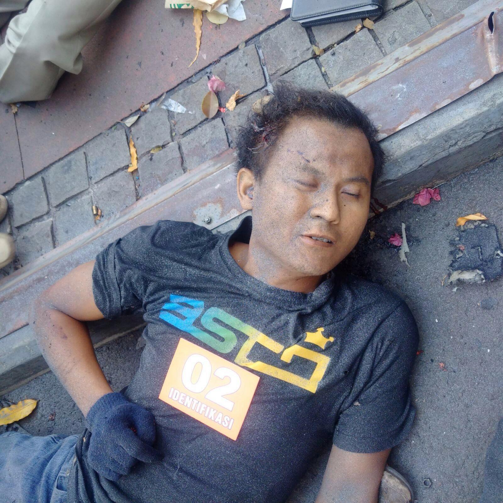 Terduga Pelaku Teror Bom Sarinah Membuat Sedikitnya Warga Jawa