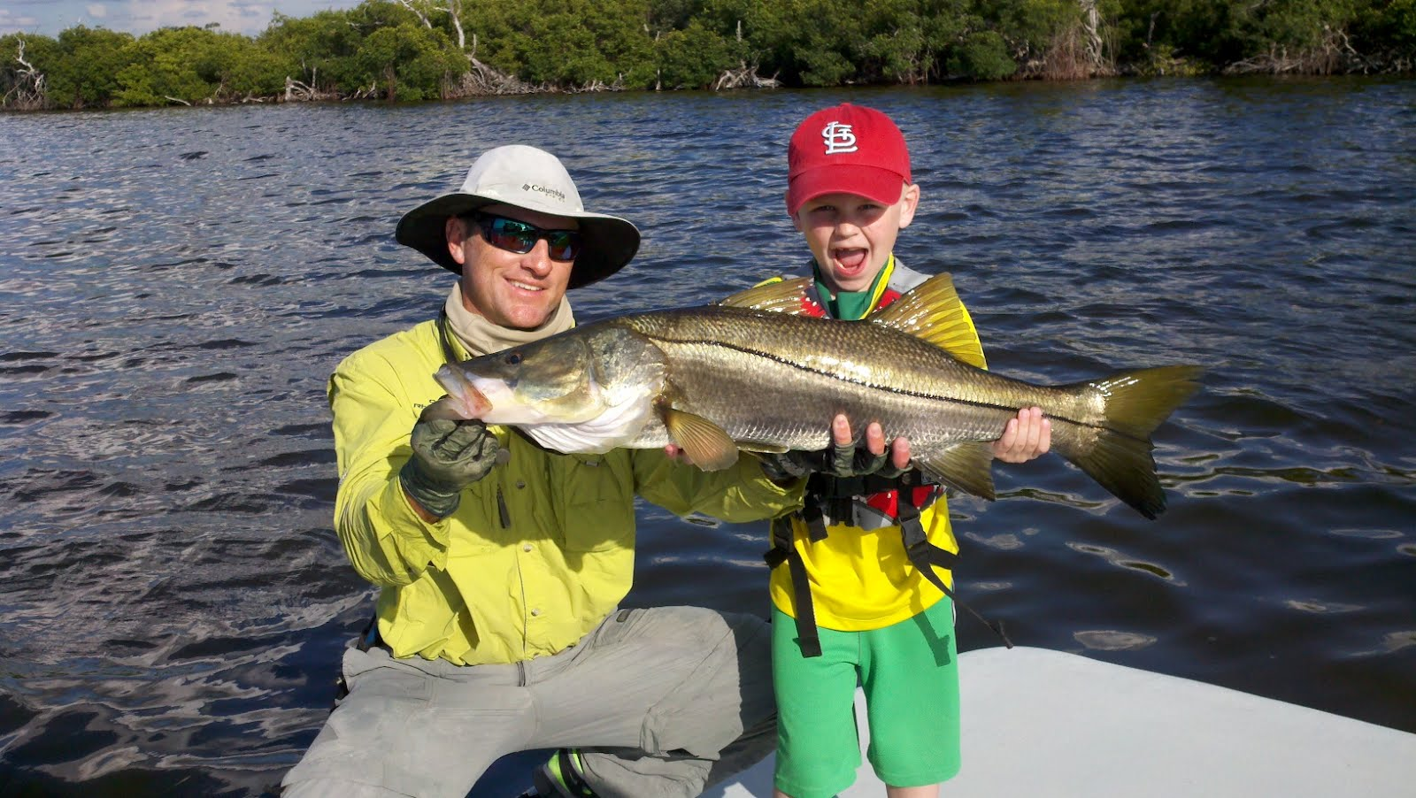 Beyond bordersoutfitters capt rhett 39 s april fishing report for Snook nook fishing report