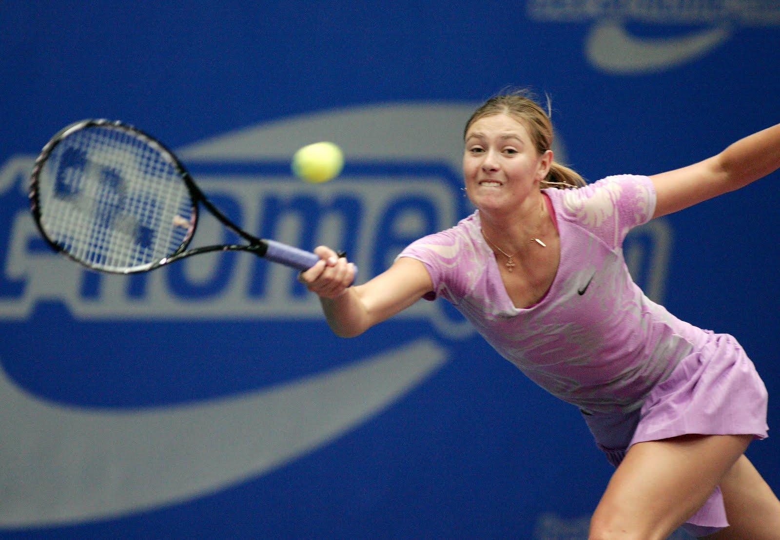 http://2.bp.blogspot.com/-4xMbBPrrP3Y/Ted8DURDZvI/AAAAAAAAAM8/S9B3U_f6D5M/s1600/Maria_Sharapova_Generali_Ladies_WTA_Tournament_Final8.jpg