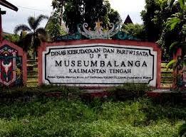 Didalam museum ditemukan berbagai macam koleksi