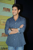 Mahesh Babu At Idea Student Awards-thumbnail-14