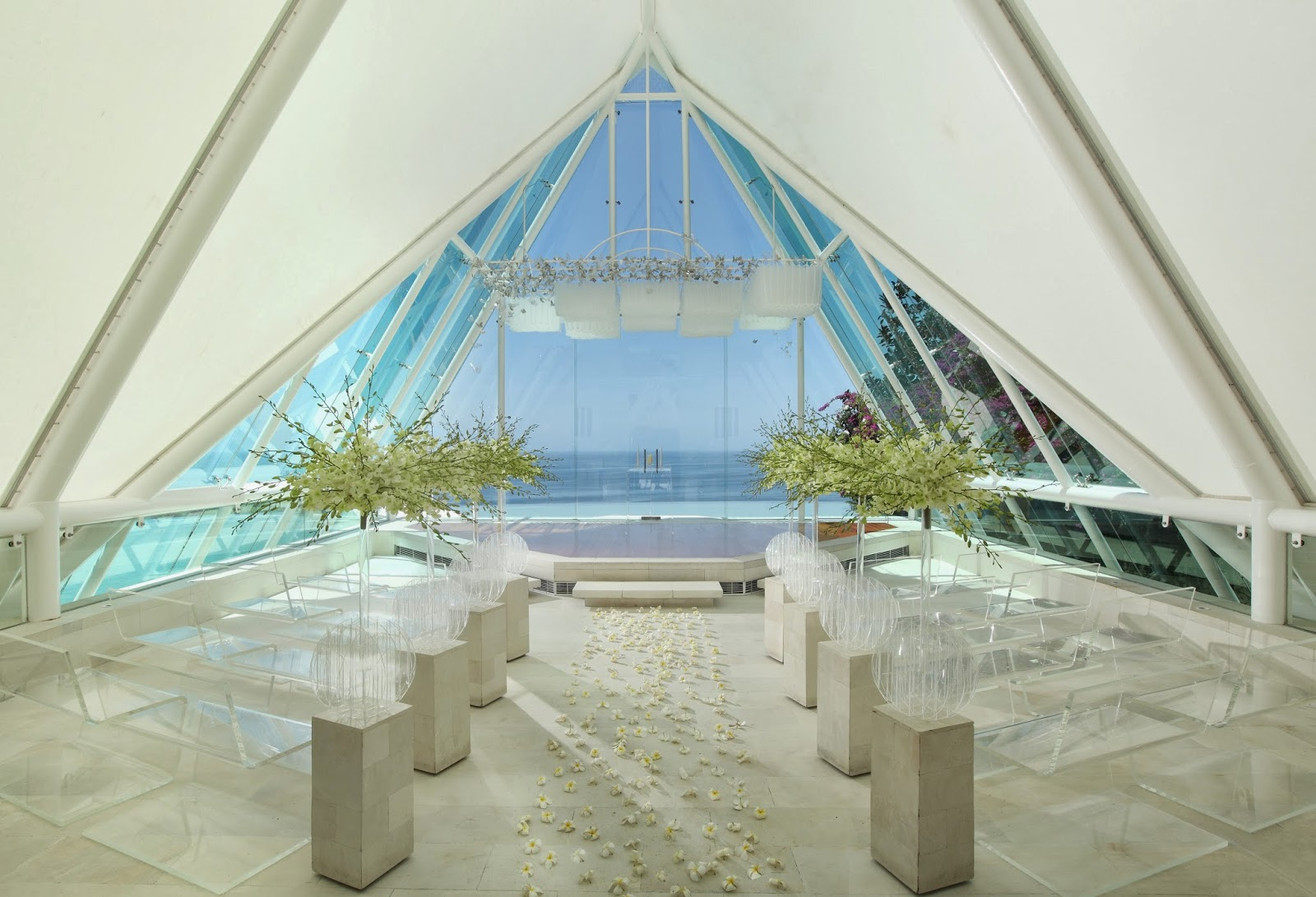 All about dream wedding both in bali and singapore tirtha for Bali wedding decoration hire