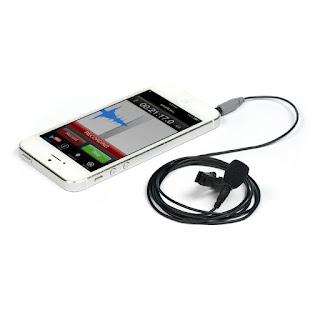Mikrofon Røde SmartLav+ ze złączem TRRS (4 polowy mini jack 3,5mm). Zdjęcie producenta.