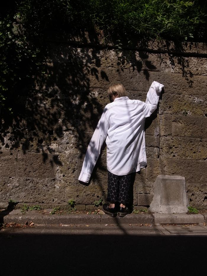 Shirts : NOZOMI ISHIGURO  Pants : Marni × H&M  Shoes : COMME des GARÇONS × Dr.Martens
