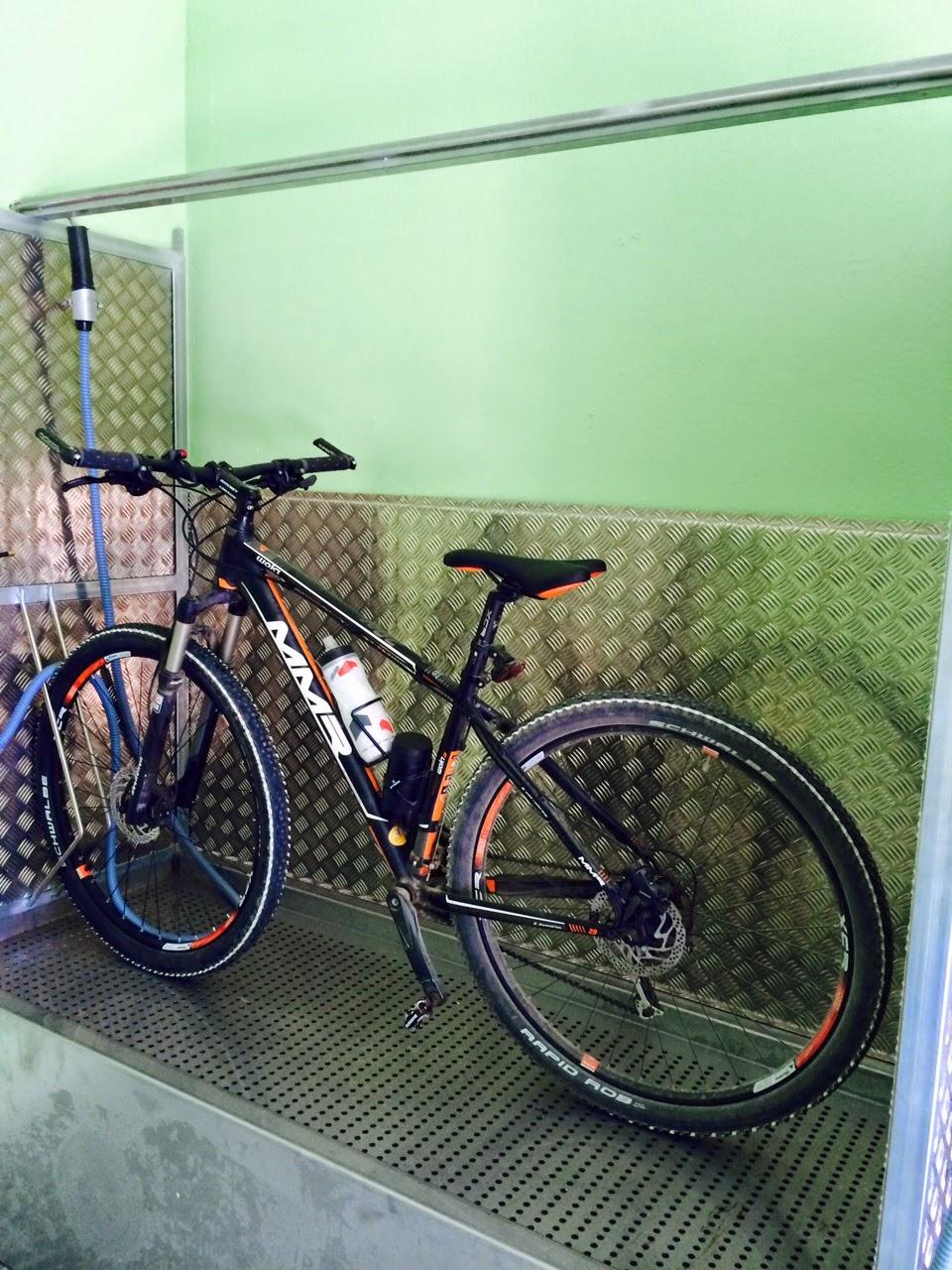 Bikestop. Lavado de bicicletas ecológico en Madrid: Bicicleta limpia ...