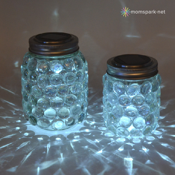 http://momspark.net/diy-easy-mason-jar-luminaries/
