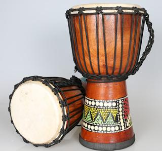 Musik Afrika dan beberapa alat musik Afrika ~ Tokoh pemusik