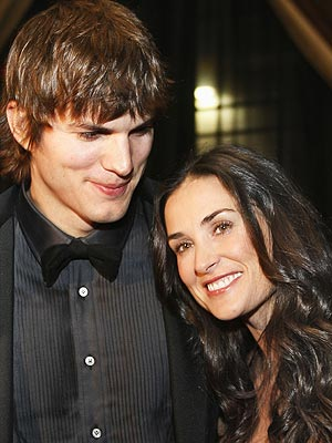 ashton kutcher and demi moore pictures biography