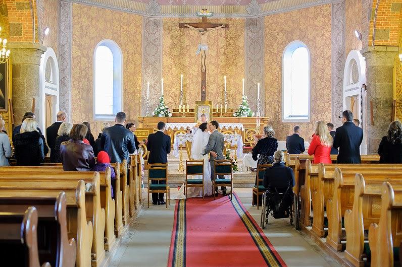 tuokiasi bažnyčioje