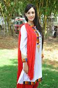 Kanika Kapoor latest photos-thumbnail-20