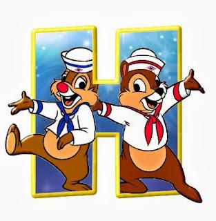Alfabeto de personajes Disney con letras grandes H Chip y Chop.