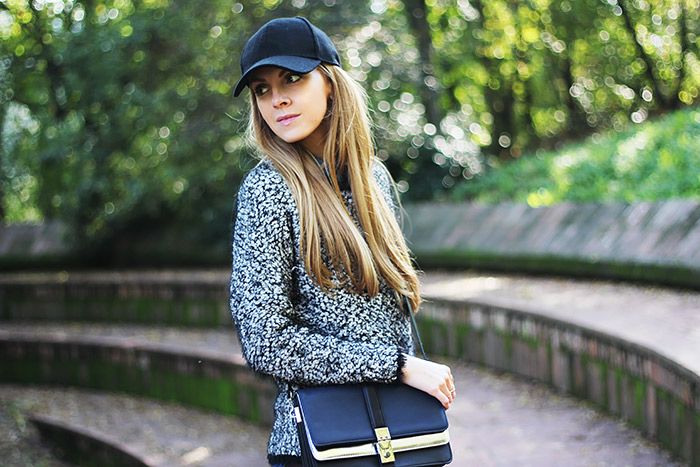 casual weekend wear, sporty look, zara bag, cap, fluffy sweater
