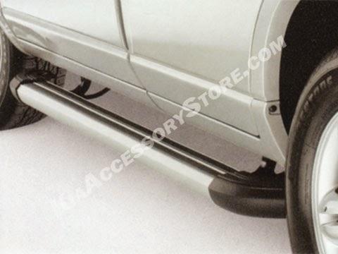http://www.kiaaccessorystore.com/kia_sportage_black_tube_side_steps.html