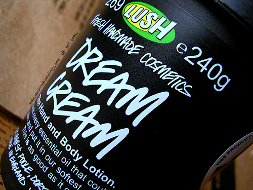 Lush Dream Cream Body Lotion Moisturizer Dry Sensitive Itchy Eczema Skin Reviews Ingredients