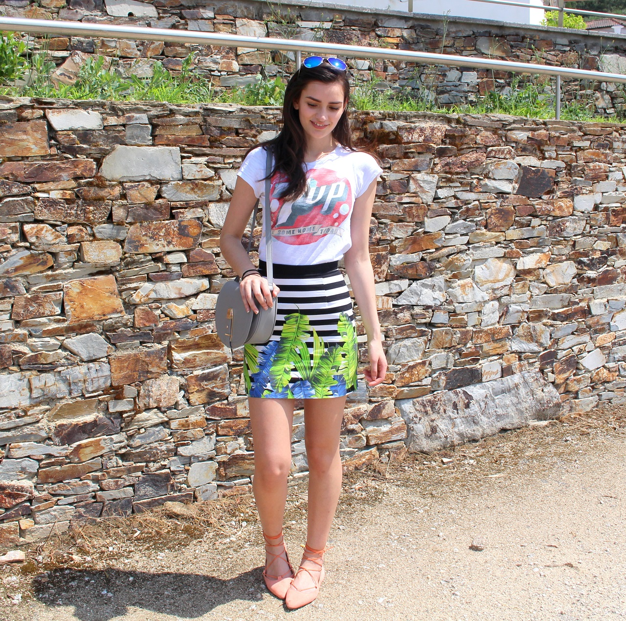 peexo fashion blogger makeup hair and outfit in portugal summer