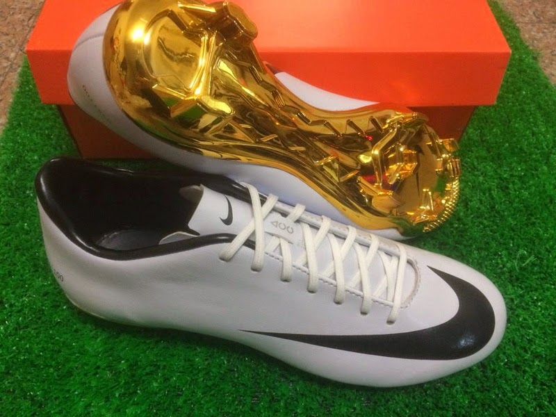 Today we are able to present the new white   black   gold limited edition  Cristiano Ronaldo 2014 Football Boot c4612b0191