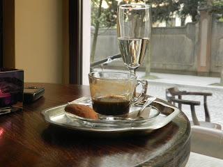 ბათუმური ბარები. სალვეს ახალი ბარი და გემრიელი ყავის მისამართი