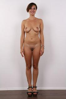 Hot ladies - rs-1zu_39_04445_23-799213.jpg