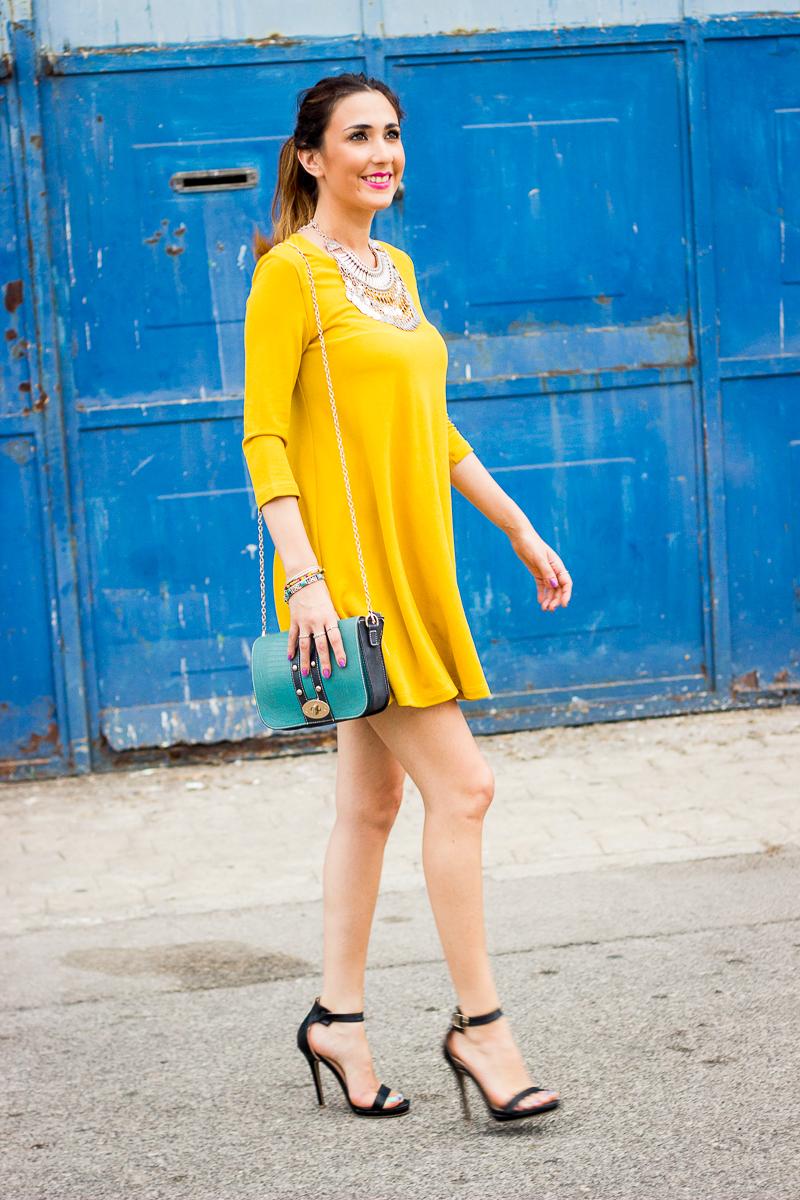 vestido amarillo camisero
