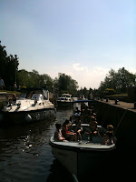 Busy Hambledon Lock