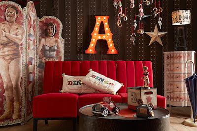http://www.portobellostreet.es/mueble/26857/Sofa-rojo-el-mundo-del-circo