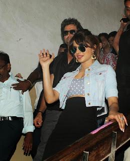 Hritik Roshan and Priyanka Snapped Promoting Krrish 3 Movie 23.JPG