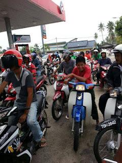 Petrol Percuma Buat Penduduk Kuala besut PRK+Kuala+Besut+petrol+percuma2