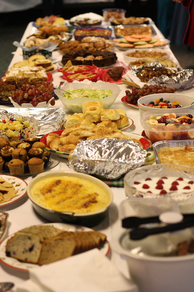 Indelible edibles how to eat a potluck for Food bar on church