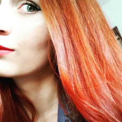 Codzienne rytuały w pielęgnacji moich rudych włosów.