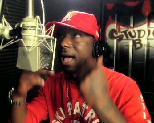 "Ras Kass Destroys DJ Premier's ""Bars In The Booth"" Session"