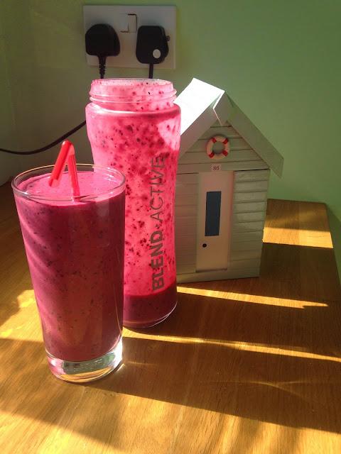 Berry Breakfast Smoothie Recipe