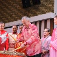 Sultan Nazrin Sempurnakan Sambutan Tahun Baru Cina