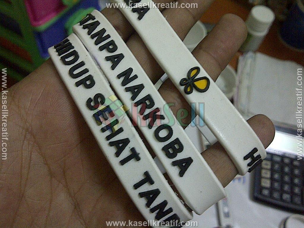 Gelang Karet Rubber Promosi Tulisan Timbul BNN 1000pcs