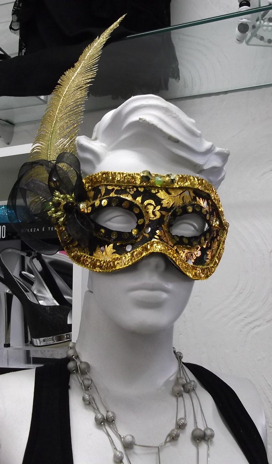 Postado por mascaras e adornos e carnaval às 15:56