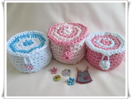 Las agujas de alicia cestas de trapillo con tapa - Cosas de trapillo ...