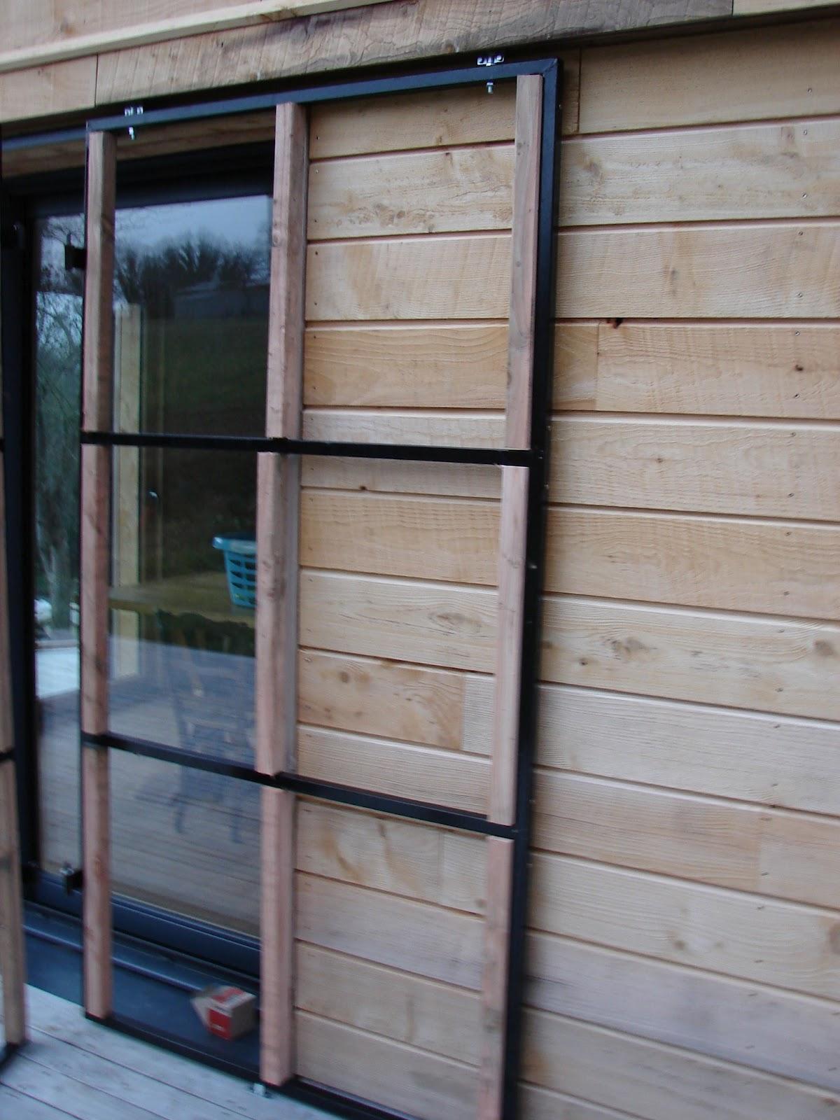 volet bois coulissant sur rail vw85 montrealeast. Black Bedroom Furniture Sets. Home Design Ideas