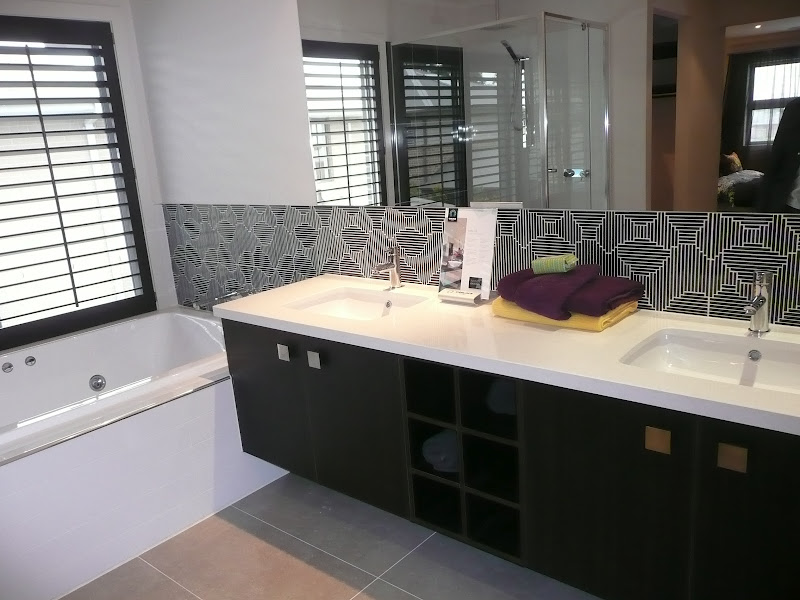 display bathrooms and ensuites we'd been to gave us some good ideas title=