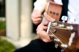 Learning Acoustic Guitar With These Simple Tips