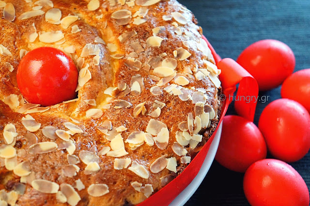 Greek Easter Aromatic Brioche-Tsoureki