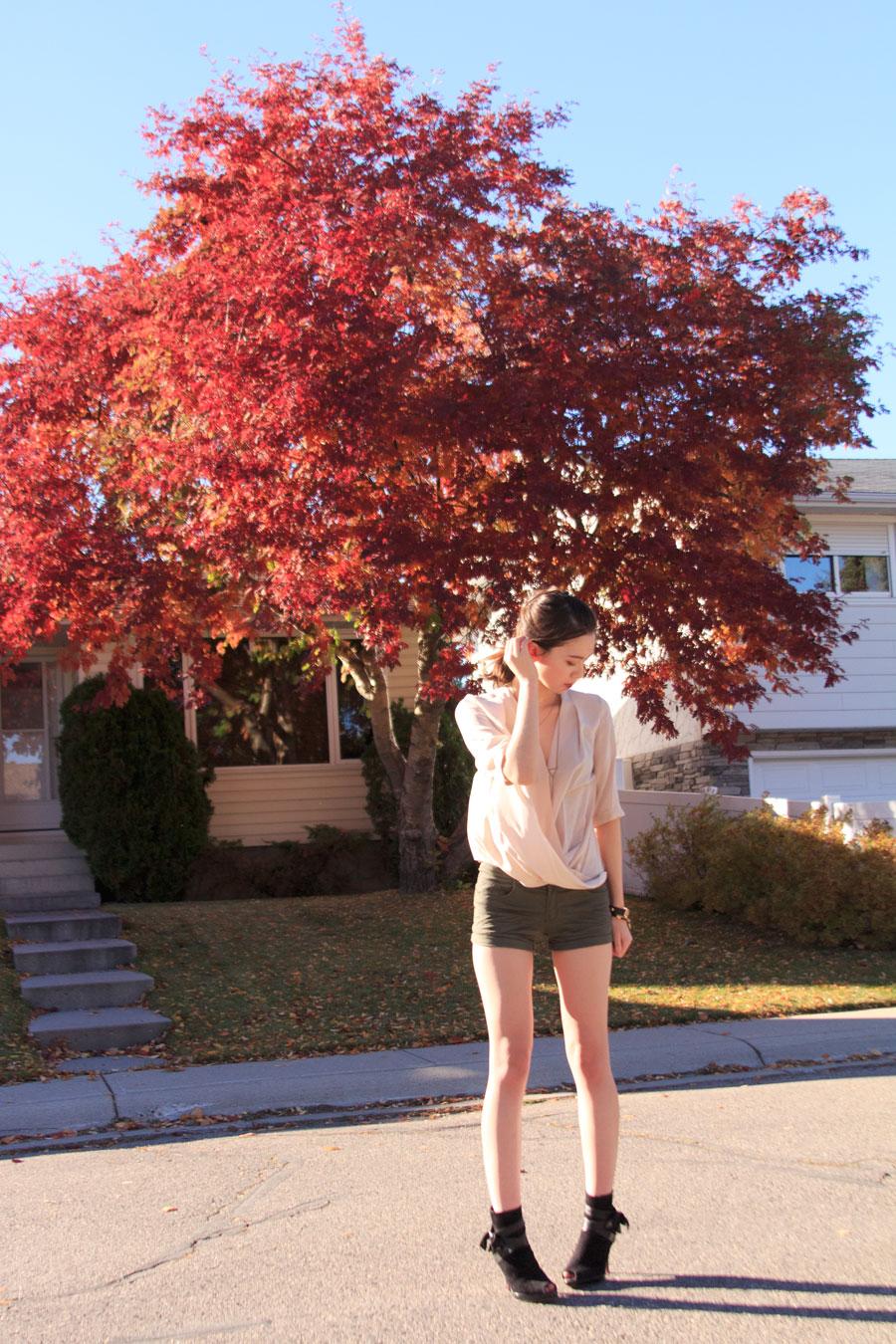 fall fashion, autumn fashion, silk draped blouse, peep toe booties, blush nude outfit