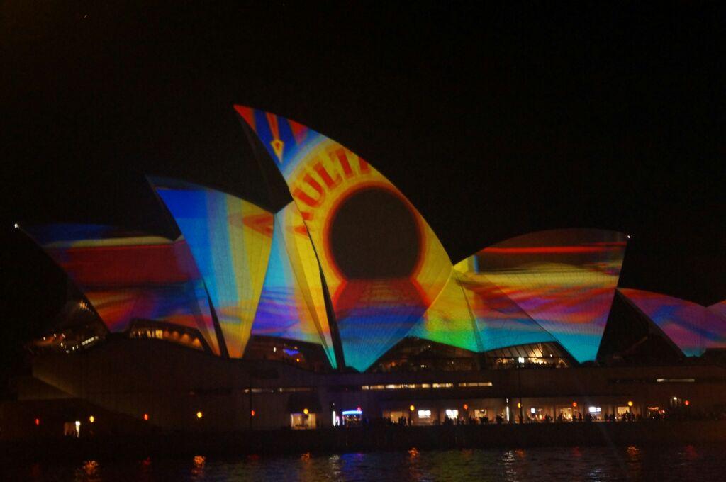 Le Vivid illumine l'opéra de Sydney
