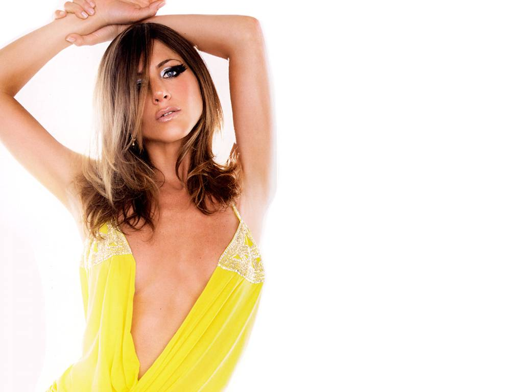 http://2.bp.blogspot.com/-50nj7-MT6lg/TdyDEiKgIqI/AAAAAAAAFRo/HH_OnLWHxs4/s1600/Jennifer+Aniston+%252827%2529.JPG