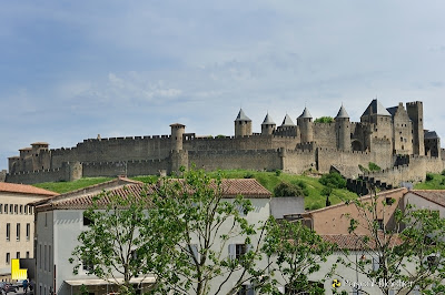 Cité de Carcassonne vu de la ville sur le pont photo pascal blachier
