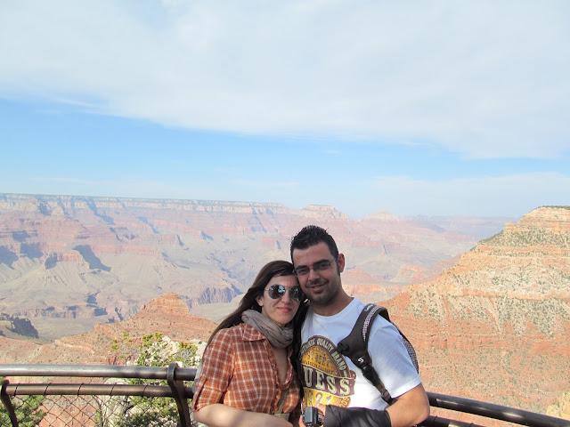 Consuelo e Raimondo sposi con lo sponsor in viaggio di nozze