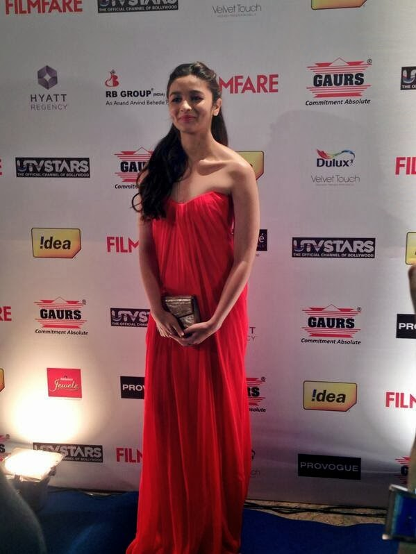 Alia Bhatt talks about being at the Filmfareawards party.