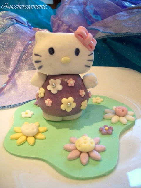 cake topper hello kitty pasta di zucchero
