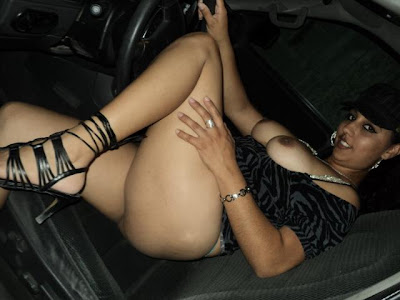nikita aunty showing big boobs   nudesibhabhi.com