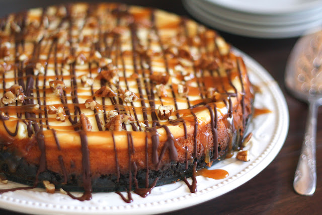 Turtle Cheesecake with Caramel, Chocolate, Pecans, and an Oreo crust ...